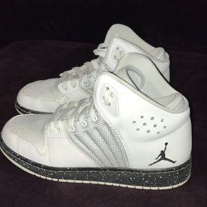 Nike Jordan white Shoes